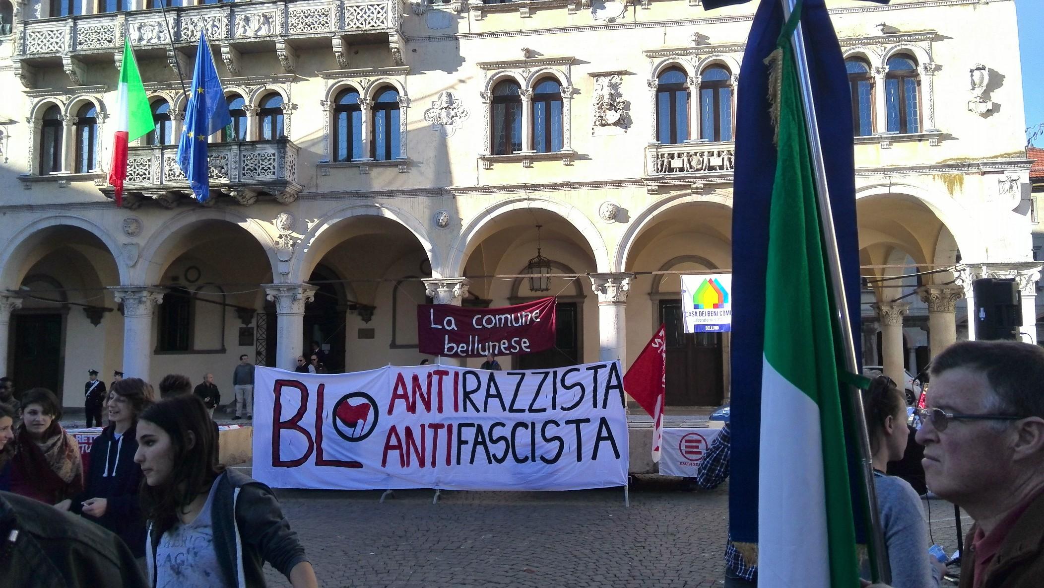 Manifestazione antirazzista, Belluno, piazza Duomo, 1° novembre 2014